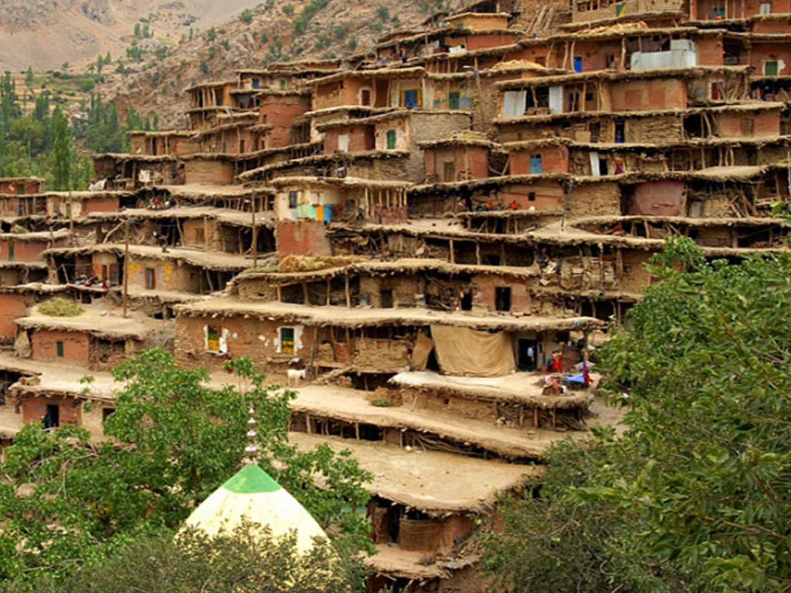 Masouleh is located southwest of Gilan province, 36 km from Fouman.