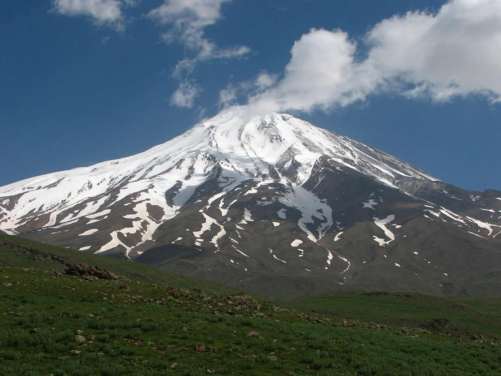 Damavand is located in the middle part of the Alborz Range in the south of Mazandaran.