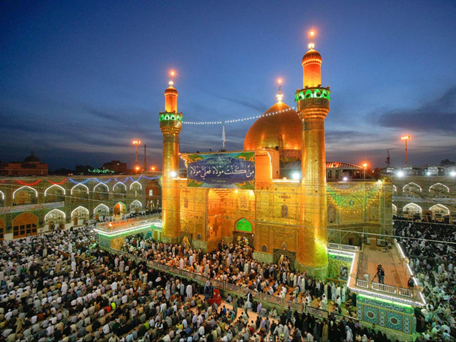 حرم حضرت علی (ع) واقع در کوفه